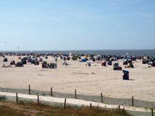 Sandstrand in Neuharlingersiel nahe dem Ferienhaus Kolks Huus an der Nordsee